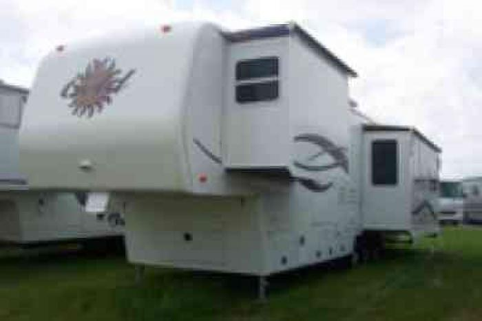 Recreational Vehicles Fifth Wheel Trailers 2002 Alpha Gold
