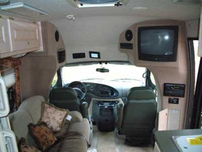 Recreational Vehicles Class C Motorhomes 2003 Dynamax