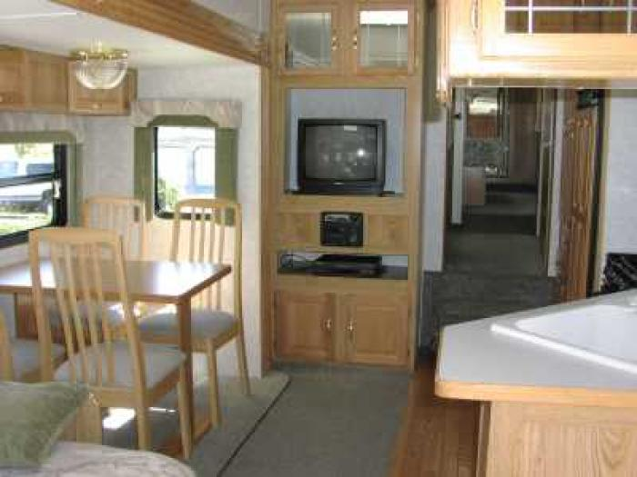 Recreational Vehicles Fifth Wheel Trailers 2001 Thor