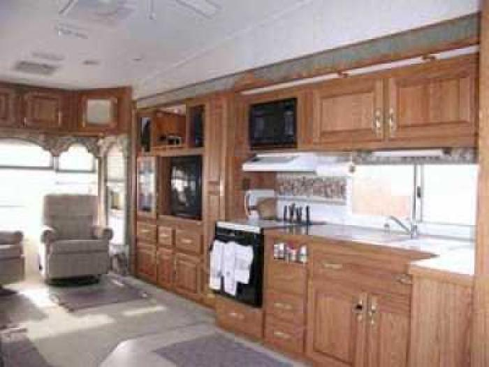 Recreational Vehicles Fifth Wheel Trailers 2000 Avion
