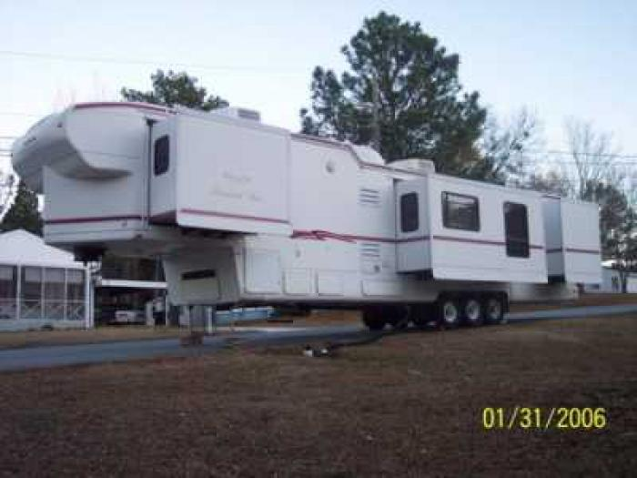 2 Bedroom Travel Trailers Best Free Home Design Idea Inspiration