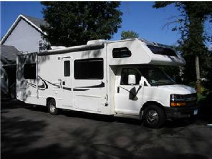 Recreational Vehicles Class C Motorhomes 2004 Chevy Four