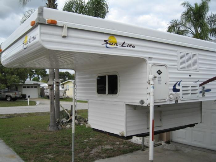 THIS ITEM HAS BEEN SOLD   Recreational Vehicles Truck Campers 2004