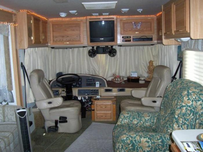 Recreational vehicles diesel pusher motorhomes 2001 for Florida department of motor vehicles naples fl
