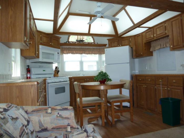 This Item Has Been Sold Recreational Vehicles Park Models 2006 Dutch Park Homes 708fk Located In Sylvan Beach New York Rv Clearinghouse
