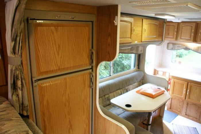 2001 Fleetwood Caribou 11l Side Entry Pictures